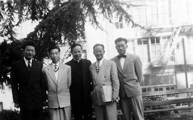 Chi Wang posing with other Chinese students in Chinatown  the day after arriving in America, September 14, 1949.